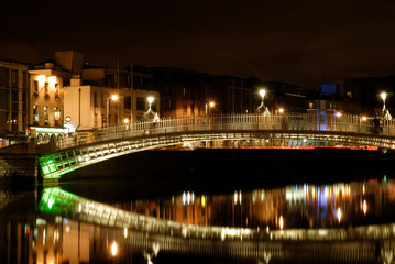 Dublin night 7, Ha'penny bridge (Half penny)