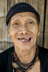 lachender alter Mann mit schlechten Zähnen, Laos