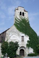 chiesa nel cimitero