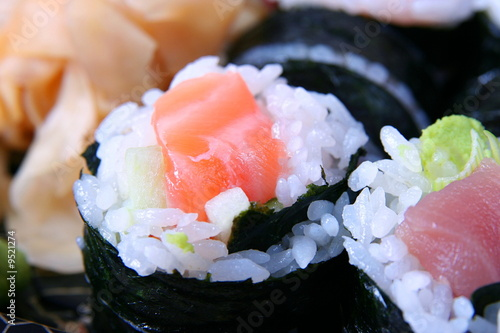 Close-upof sushi with smoked salmon