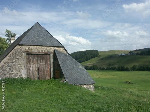grange dans le Puy de Dôme