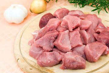 Schweinefleisch-roh, geschnitten