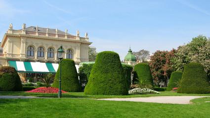 café viennois et son jardin