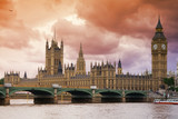 Fototapety Stormy Skies over Big Ben and the Houses of Parliament