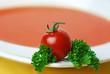 tomatensuppe mit dekoration