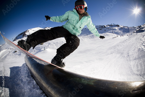 snowboard stunt extreme 1 © Klim N.