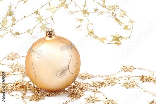 gold weihnachtskugel