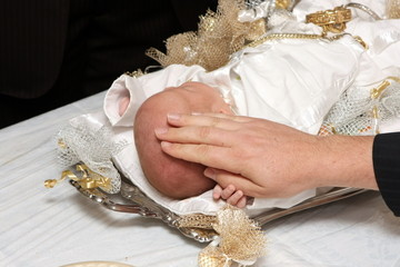 Preistly Blessing is given to a Jewish Baby