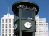 Turmuhr am Potsdamer Platz poster