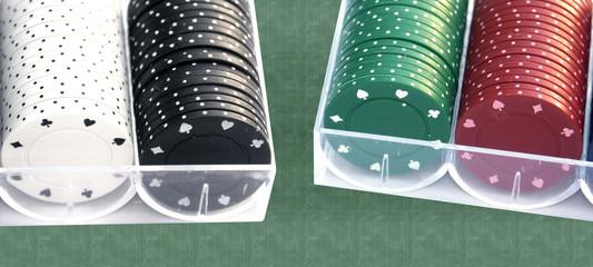 des jetons sur tapis vert