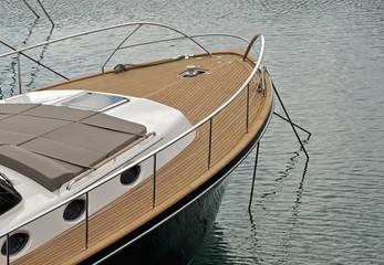 imbarcazione a motore da diporto