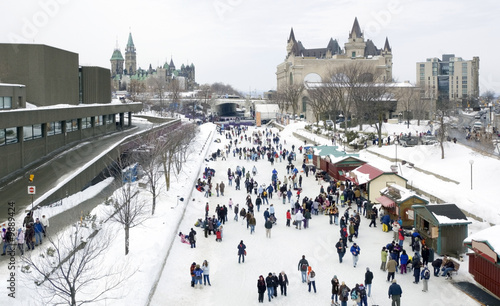 Skaters in ice of Rideau Canal, Ottawa. - 9889424