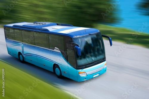 Leinwanddruck Bild travel bus