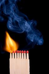 Das Feuer ist ansteckend