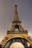 U podnóży Paryża