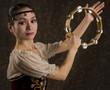 Danseuse-classique-japonaise-tambourin