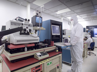 Wafer analysis clean room