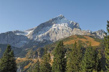Die Alpspitze vom Weg zwischen Kreuzeck und Hochalm