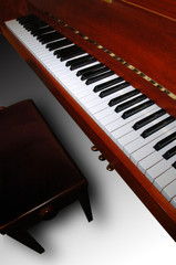 piano et tabouret