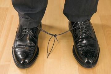 verknotete Schuhbänder