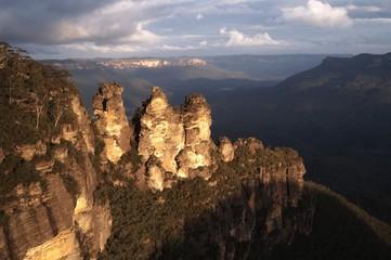 Three Sisters at Sunset. Blue Mountains, Australia