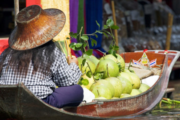 Damnoek Saduak Floating Market, Thailand