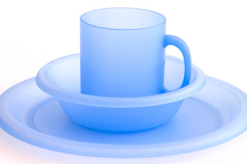 Children's beach picnic cup, bowl and plate