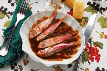 Triglie alla livornese - Secondi di pesce della Toscana