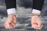 enchaîner menotte lier prisonnier illégal trafic pirater télécha poster