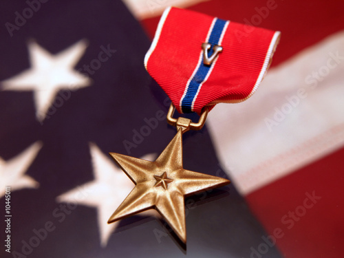 bronze star military award