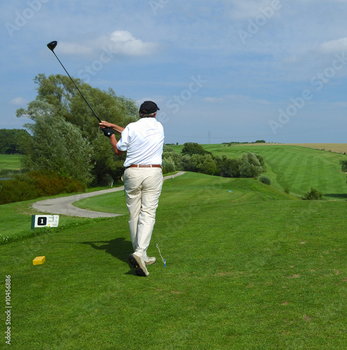 a golfer doing a swing
