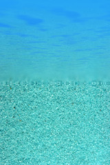 du sable au bord de l'eau