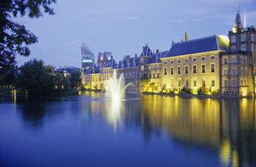 Niederlande, Zuid-Holland, Den Haag, Hofvijver mit dem Parlament