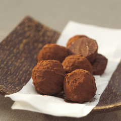 Schokolade trüffel in der Schüssel