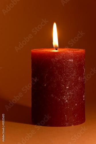 brennende kerze stockfotos und lizenzfreie bilder auf bild 10525615. Black Bedroom Furniture Sets. Home Design Ideas