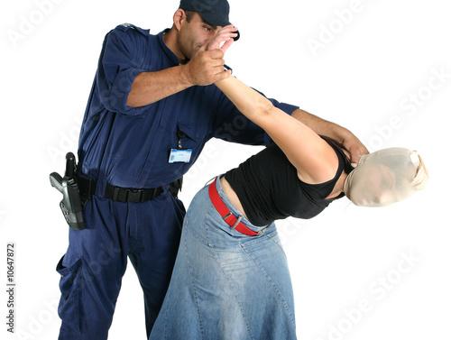 Apprehending a thief