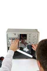 EDV-Techniker bei der Arbeit