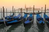 Gondeln vor San Giorgio Maggiore, Venedig, italien
