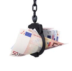 denaro in manette