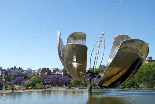 Fontana Floralis Generica, Buenos Aires