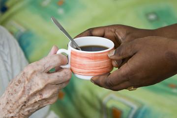 café à la maison de retraite