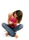 adolescente qui écrit dans son journal intime poster