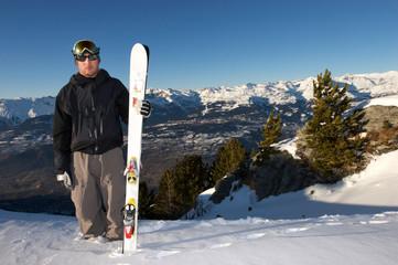 skieur au sommet 2
