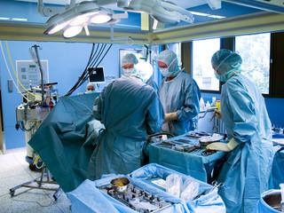 Operation im Tageslicht-OP