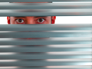 Red peeping Tom