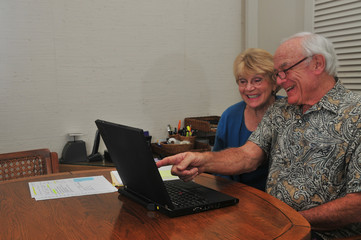 Elderly couple enjoy Internet experience