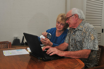 Elderly couple reorders prescription on Internet