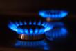 Leinwanddruck Bild - Erdgas Flammen mit Spiegelung
