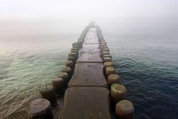 Buhnen an der Ostsee