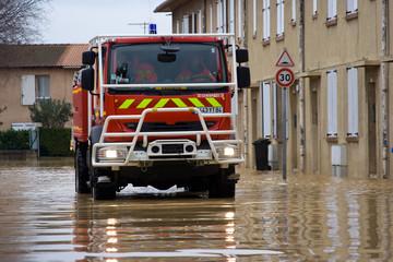 Inondation et sapeurs pompiers